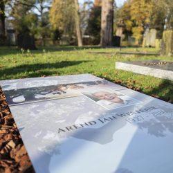 Het bedekken van een graf