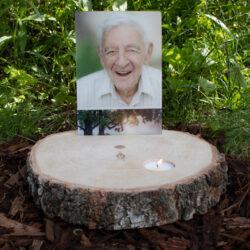 Gedenkfoto met houten schijf