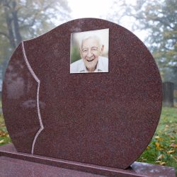 Foto op grafmonument